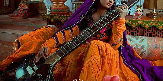 Filharmonia-dla-dzieci-kobylka-przeszkadzajki-gitary-sitar